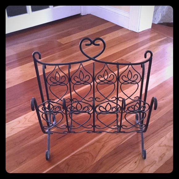 Southern Living At Home Wrought Iron Magazine Rack